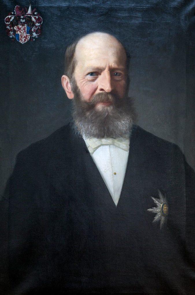 Anton Graf und Herr zu Brandis (* 24. Februar 1832 in Laibach; † 14. Mai 1907 in Lana – Adrian Karl Leopold Graf und Herr zu Brandis, so der vollständige Name), war Tiroler Landeshauptmann vom 30. September 1889 bis zum 25. April 1904. Er stammt aus dem Adelsgeschlecht der Grafen von Brandis mit Stammsitz auf Schloss Brandis in Lana/Überetsch. Sein Vater Clemens Graf von Brandis war Gouverneur von Tirol und Vorarlberg (1841 bis 1848). Seine Mutter stammte aus dem belgisch-österreichischen Adelsgeschlecht der Enffans d'Avernas, ursprünglich beheimatet im Herzogtum Branant, Belgien. Sein Erzieher war der bekannte Tiroler Historiker Albert Jäger. Anton Graf von Brandis verfasste selbst historische Arbeiten, insbesondere über seine Heimatgemeinde Lana. 1865 entsandte ihn der Landgemeindebezirk Meran in den Tiroler Landtag, von 1871 bis 1902 vertrat er im Landtag den Landgemeindebezirk Brixen und von 1902 bis August 1904 den adeligen Großgrundbesitz. Nach dem Tod von Landeshauptmann Dr. Franz Rapp ernannte der Kaiser Anton Graf von Brandis zum neuen Landeshauptmann von Tirol. Er bekleidete das Amt für 15 Jahre. Anton Graf von Brandis erwarb sich besondere Verdienste um das Tiroler Schulgesetzes von 1892, wofür ihm der Kaiser die Würde eines geheimen Rates verlieh. Er war ein hervorragender Verwaltungsfachmann mit besonderen Neigungen für die Neuordnung der Grundsteuer sowie alle Probleme der Gemeindeverfassung und Gemeindeverwaltung. Über den letzteren Themenkreis schrieb Brandis eine gründliche Abhandlung zur Gemeindeverfassung von Lana. Auf ihn geht das Tiroler Fraktionengesetz von 1893 zurück; sein tiefblickender Ausschussbericht dazu an den Tiroler Landtag lässt erkennen, dass dieses Gesetz dem Kern nach auf die alten Wirtschaftsgemeinschaften abzielt, denen eine neue Rechtsstruktur im Rahmen der Gemeindeverwaltung eingeräumt werden sollte.